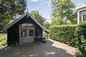 Bed & Breakfast Aalst in Gelderland. Verblijf voor een romanties weekendje weg voor twee of gezinsvakanties tot vijf personen.